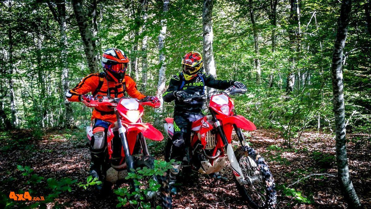 מסע אופנועים משולב הדרכת אנדורו בצפון יוון