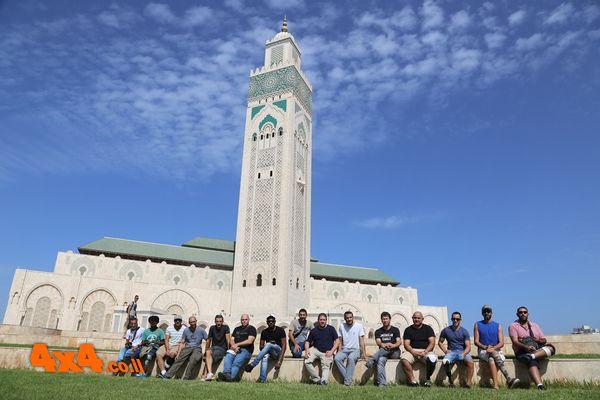 למרגלות מסגד חסן השני - קזבלנקה, על חוף האוקיינוס