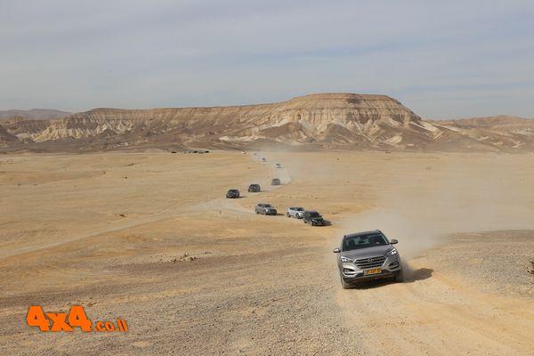 יונדאי טוסון הנעה קדמית בלב המדבר - זה אפשרי!