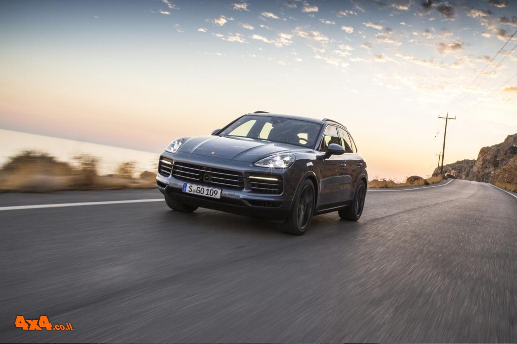 פעם שלישית - פורשה קאיין Porsche Cayenne