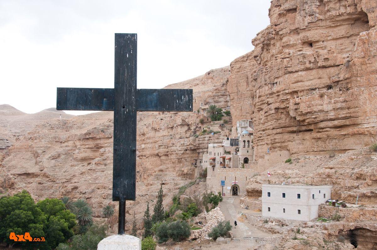 נקודה בשטח: מנזר סנט ג'ורג'