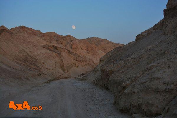 סיכום טיול ג'יפים לאור ירח – הכי קרוב ללבנה