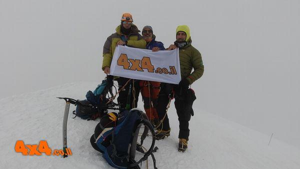 קזבק - 5054 מטרים בלב הרי הקווקז