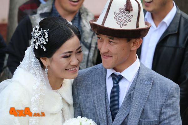 מצווה לשמח חתן וכלה - חתונה בכפר ארקיט