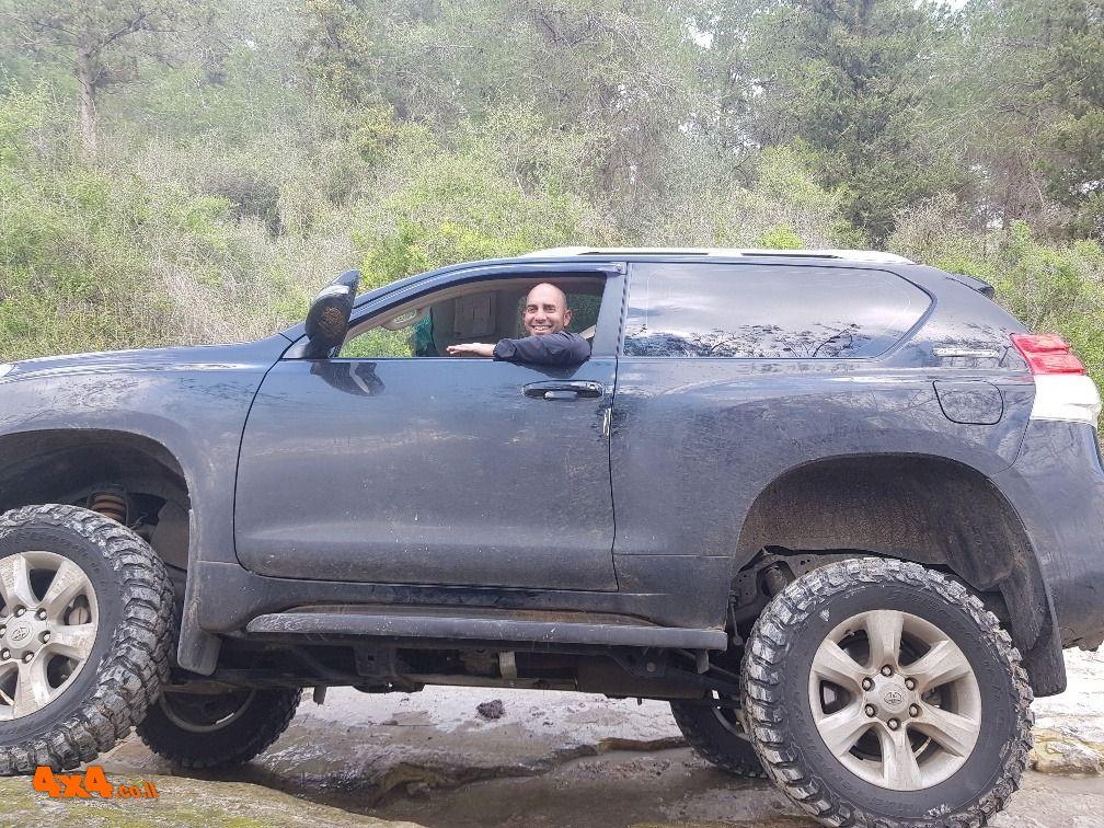 הדרכת נהיגה בשטח טרשי בהר חורשן המרהיב