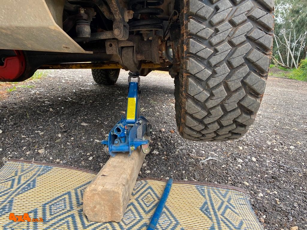ג'ק עגלה - הדרך הפשוטה להחלפת גלגל