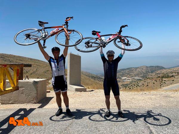 טיפוס עם אופניים לפסגת החרמון