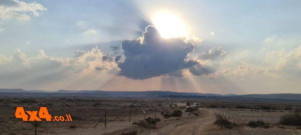 הדרך לבקעת צין בין הערביים