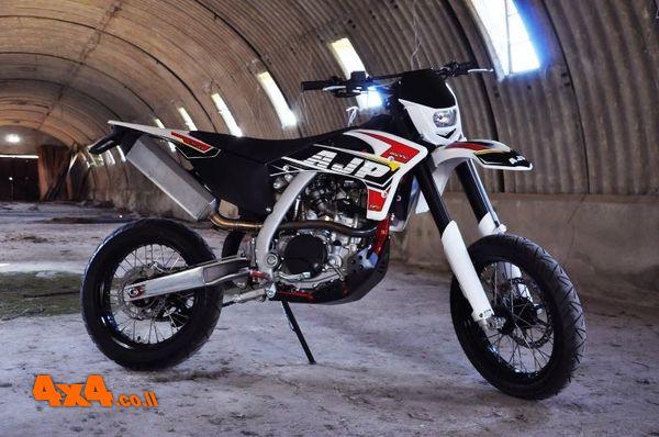 דגמי האופנועים של AJP לשנת 2021 מגיעים לישראל