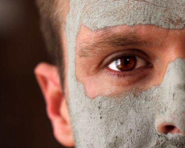 טיפול בבעיות עור אצל גברים