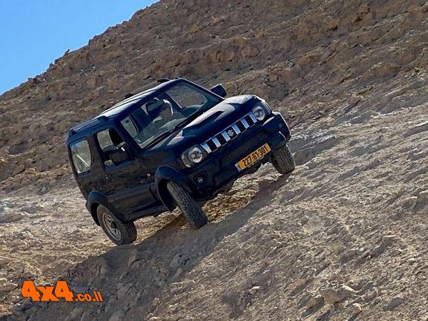 קצת שיפועי צד בנסיעה ברמת המדבר