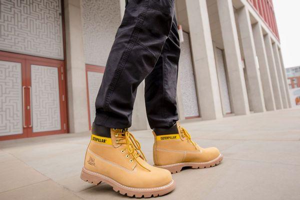 קאטרפילר קולקציית נעלי גברים לקיץ 2021
