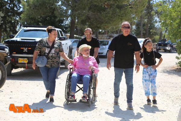 שורדי שואה גיבורים בטיול שטח עם מועדון סילברדו ישראל