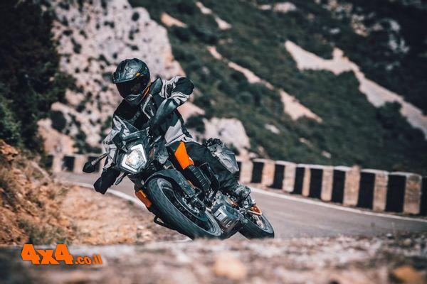 אופנוע האדוונצ'ר הקטן והחדש של ק.ט.מ מגיע לישראל