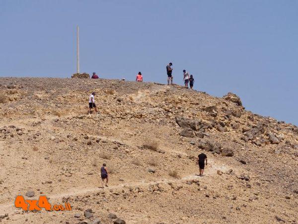 מטפסים למצפור נעמה