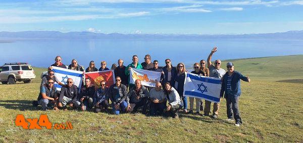 הקבוצה ברכס מעל האגם - סונקול