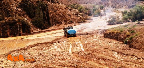 הבוץ גלש מההר עד לנחל
