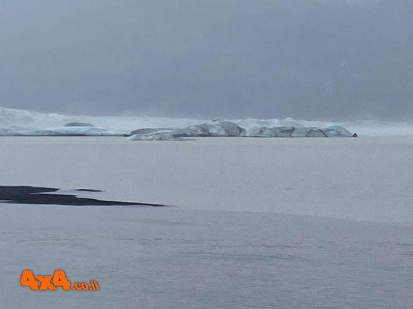 הפארק הלאומי על שפת הקרחון
