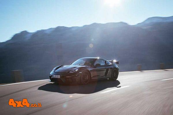 פורשה קיימן 718 GT4 RS תושק בנובמבר הקרוב בגרסת RS