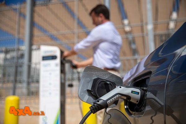 פורום: מילגם EV-Edge תתקין עמדות טעינה בחניונים בתל אביב