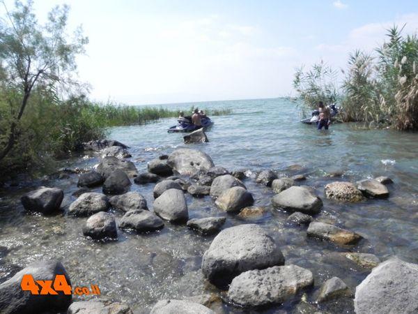 טיול רווי במים לכבוד חג המים!
