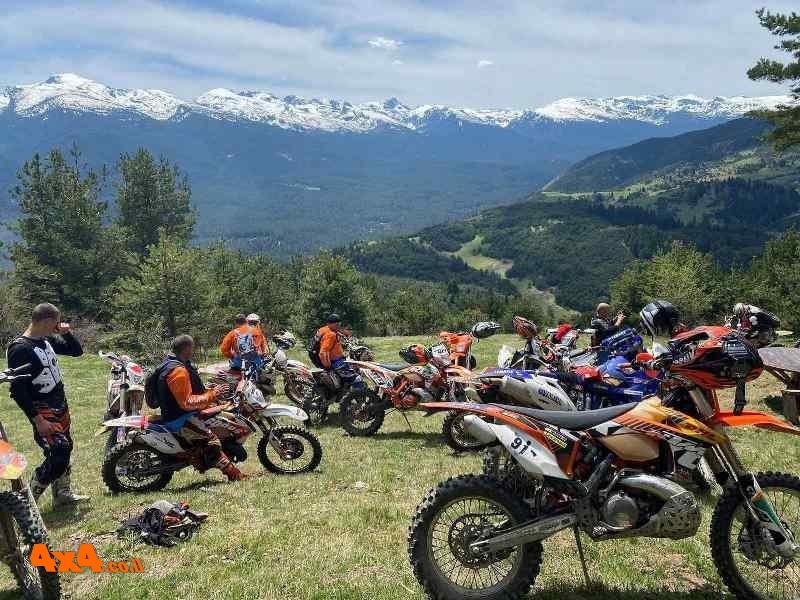 אופנועים / טרקטורונים - מסעות