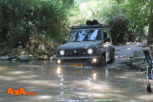 טיול מים בשיפולי רמת הגולן