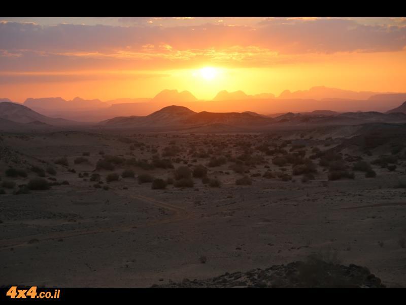 ליל ירח במדבר