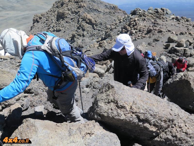 קטע הטיפוס הקשה - מהמערה עד לאוכף של גילמן