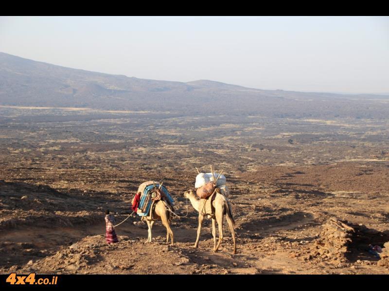 הר הגעש ארטה אלה עם הזריחה