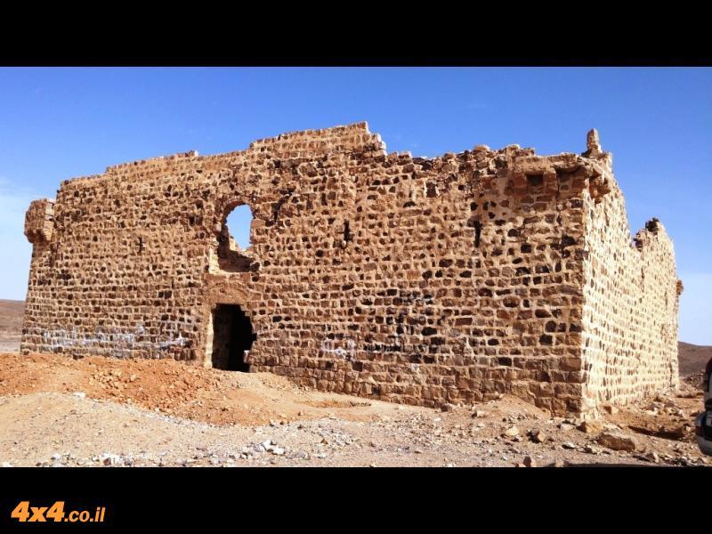 ''קלעת פצועה'' מצודה במזרח ירדן