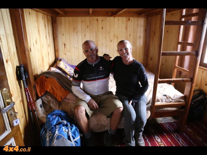 יום ראשון לטיפוס - מהכפר אימליל לעבר הבקתה האלפינית