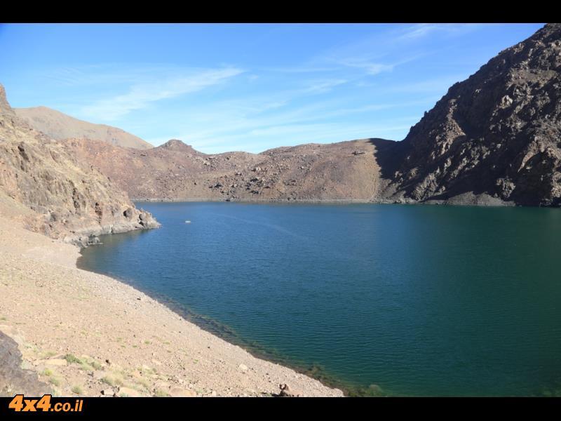 יום שלישי לטיפוס - טיפוס לעבר האוכף היוצא מהעמק וירידה ארוכה לעבר אגם דיפני