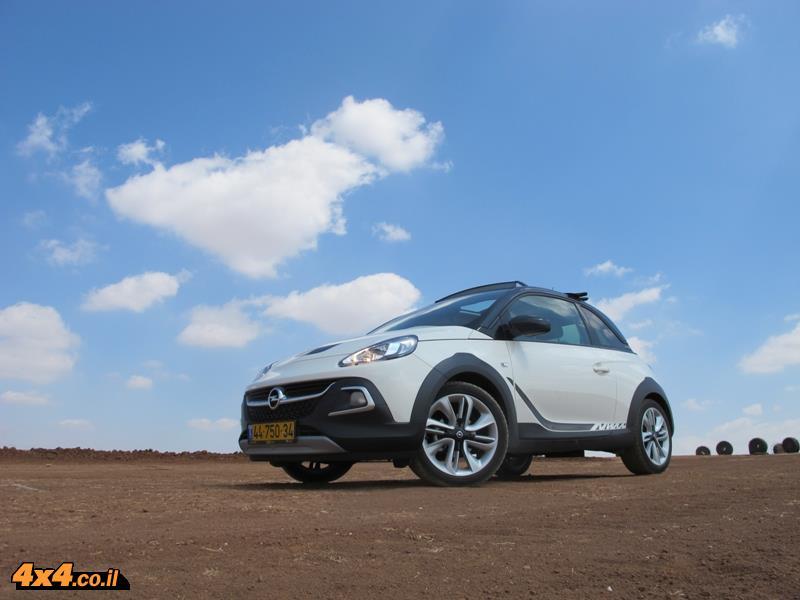 מבחן דרכים אופל אדם רוקס Opel AdamRox