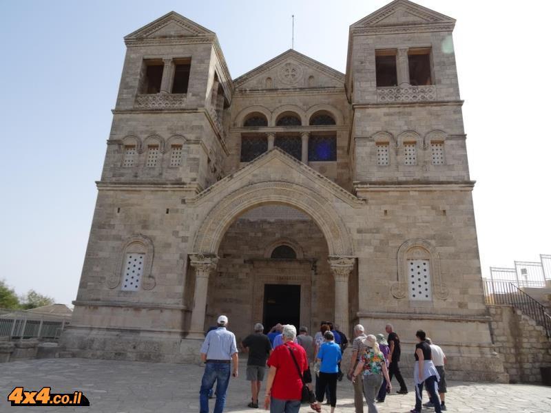 נקודה בשטח: כנסיית ההשתנות בהר תבור