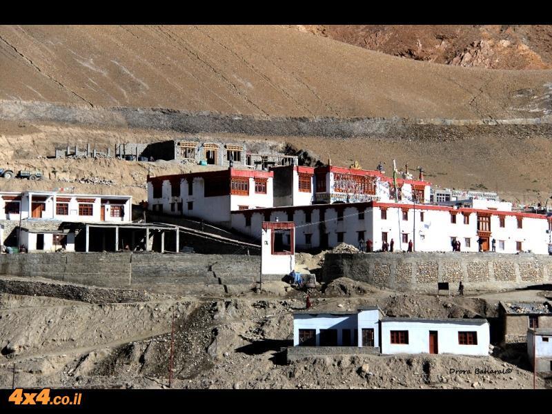 המנזר של כפר קורזוק