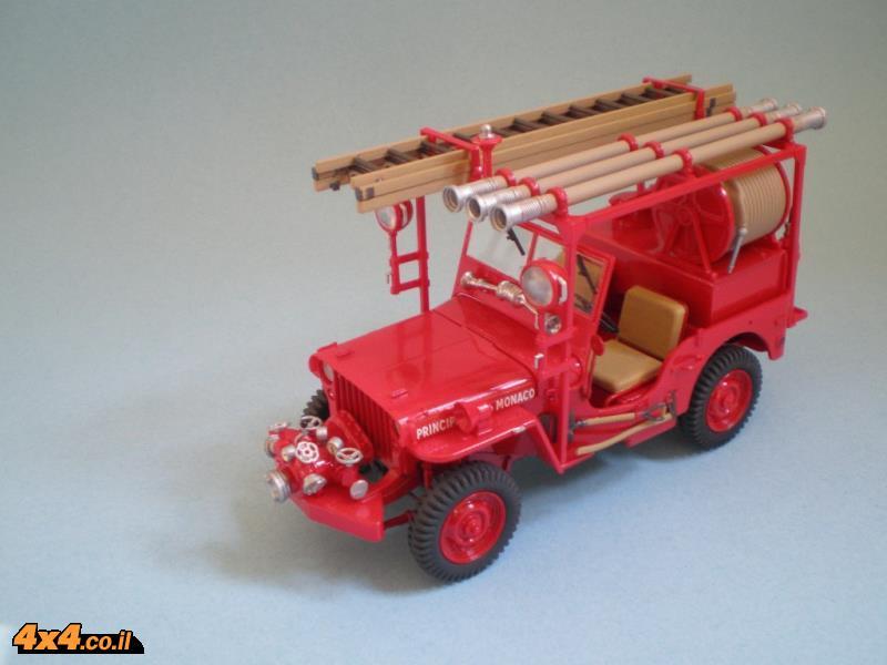 ג'יפ 42 מוסב למכונית כיבוי של מנחת ההליקופטרים במונטה קרלו