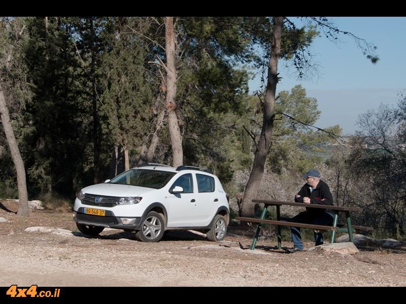 מבחן דרכים - דאצ'יה Dacia Sandero