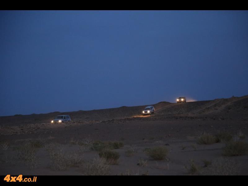 הלילה - החבר הכי טוב שלנו לעוד כמה שעות של נהיגה בשטח...