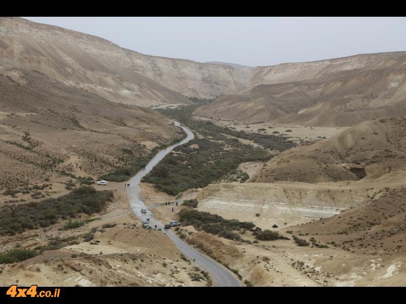 המסלול צולם ביום הגשם האחרון של חורף 2016 והמדבר היה מלא במים