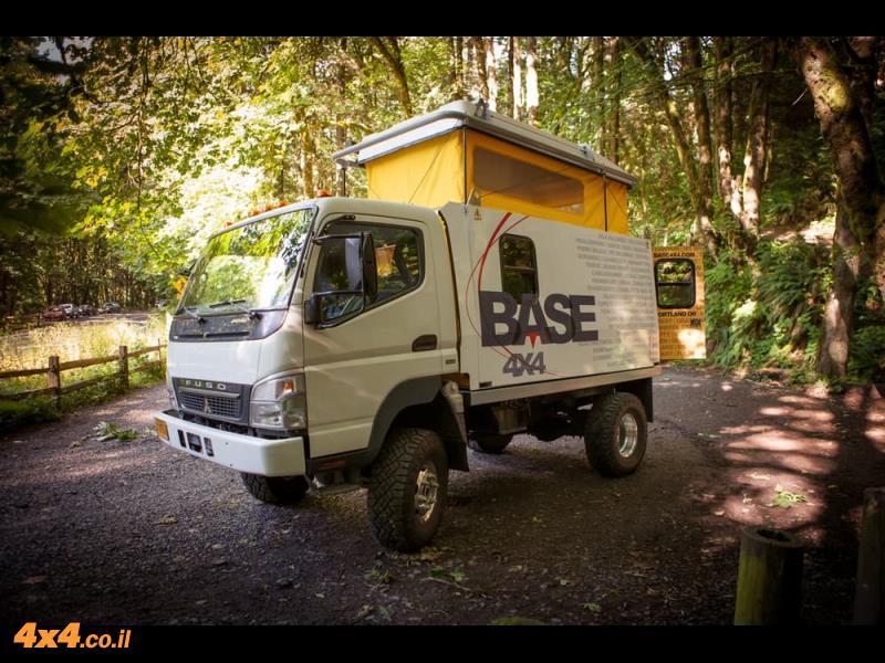 רכב המסעות של חברת Base