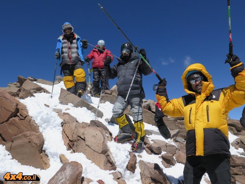 הטיפוס לפסגת אקנקגוואה 6,964 מטרים - הסרט