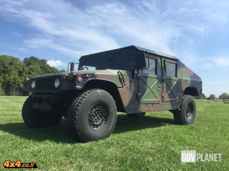 הדבר האמיתי: אתר למכירת כלי רכב צבאיים