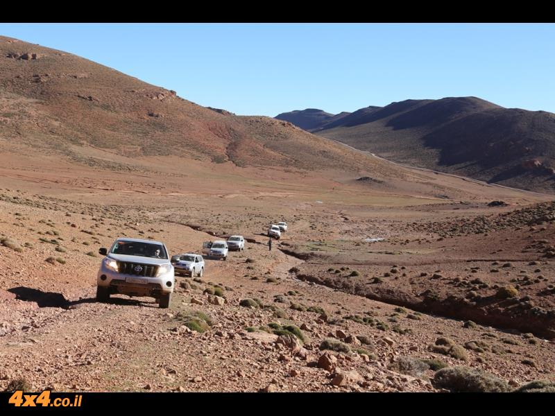 מאימלישיל לאגודל ומשם למעבר הרים בגובה של 3,000 מטרים