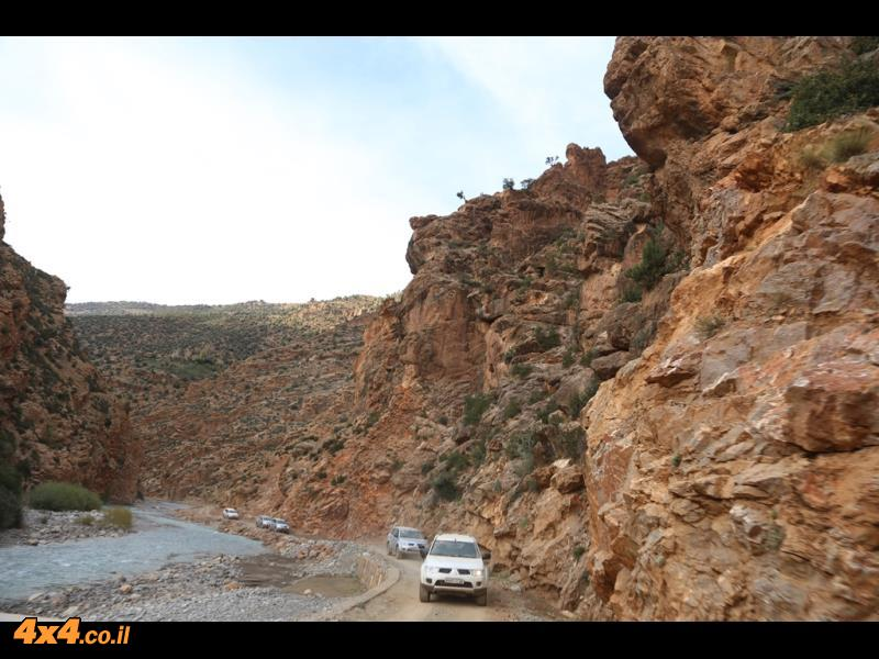 מחלצים את צוות המודדים של הצבא המרוקאי