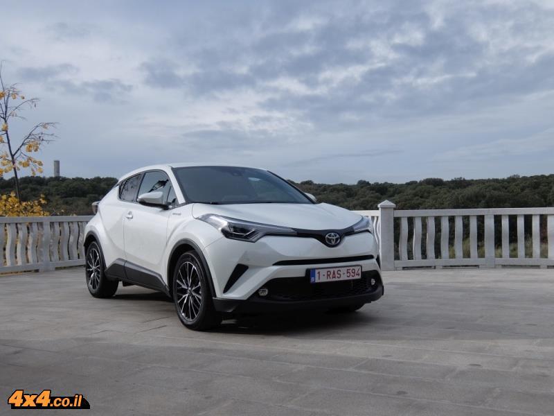 מבחן דרכים טויוטה Toyota C-HR
