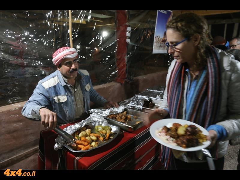 מהקשתות של חרזה ועד לארוחת הערב במאהל שליד דייסה