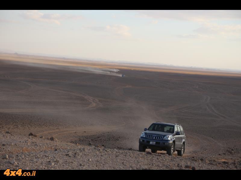 במישורים למרגלות המוצב של ערב הסעודית
