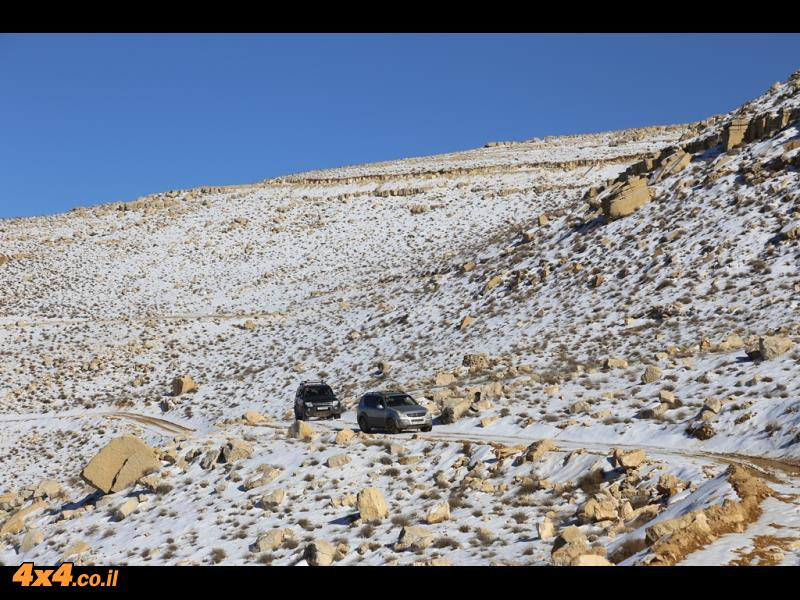 מצוק ההעתקים הירדני בשלג