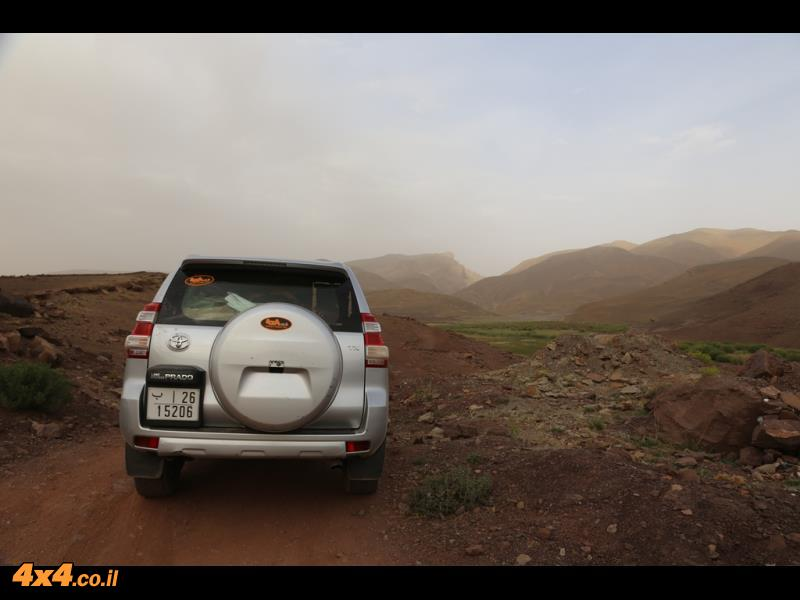 בשטח - חוצים את רכס ההרים שבין קניון הדאדס לקניון הטודרה
